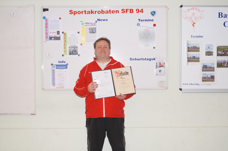 Goldene Ehrennadel des Deutschen Sportakrobatik Bund für Sportfreund Torsten Dickes