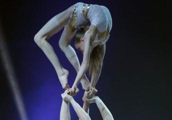 Deutsche Sportakrobaten im Feuerwerk der Turnkunst (Akrobatik) 2015